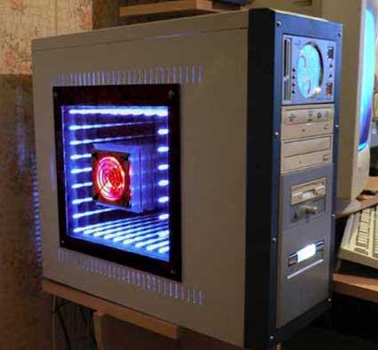 ...'моддингу' (внесение креативных изменений в аппаратное обеспечение компьютера) из серии 'Сделай сам'...