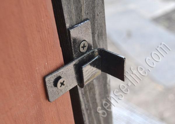 самодельный замок на дверцы
