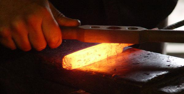 изготовление ножа из дамасска