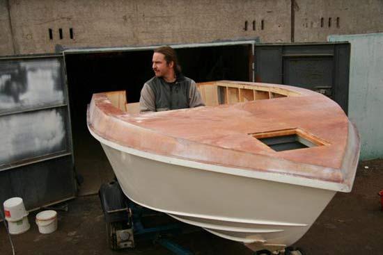 сколько надо эпоксидки на лодку