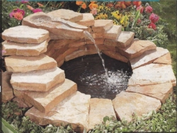 изготовление декоративного пруда с водопадом